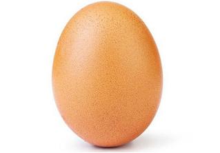 Фотография обычного куриного яйца побила рекорд по количеству лайков в «Инстаграме»