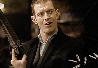 Герой фильма «Карты, деньги, два ствола» провел мастер-класс по выживанию в криминальном мире