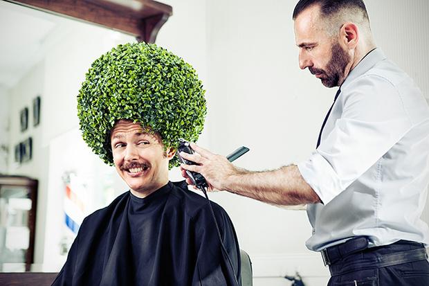 Фото №1 - Как ухаживать за волосами мужчине