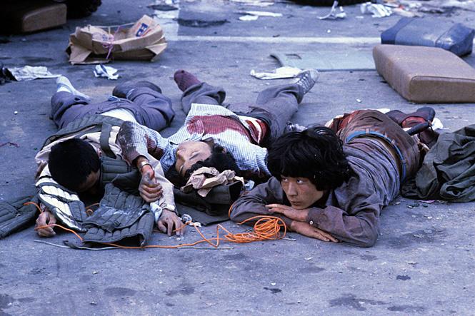 Бойня в Кванджу после студенческих волнений против диктатуры Чон Ду Хвана. Май 1980г.