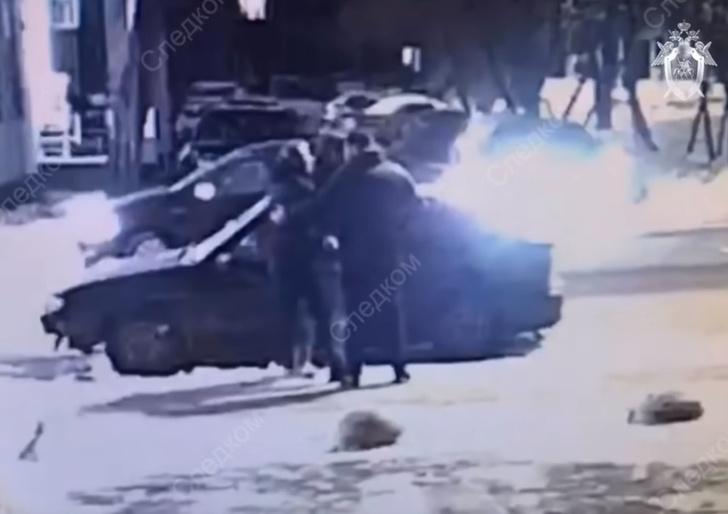 Фото №1 - Похищенный москвич отбился от бандитов (остросюжетное видео)