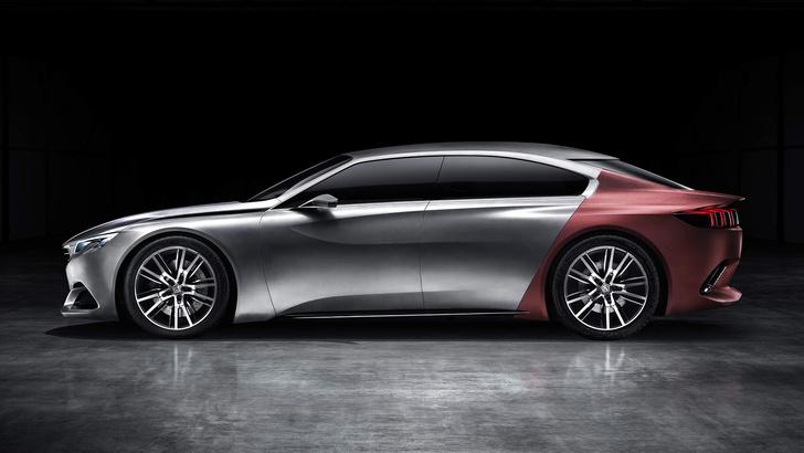 Фото №2 - Концепт-кар Peugeot Exalt — строгое авто для совершеннолетних