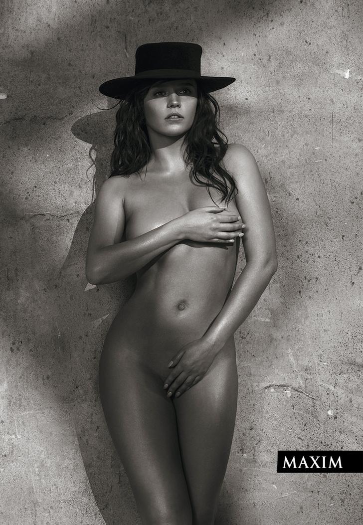 Фото №1 - Снимаем шляпу! Актриса Янина Мелехова в новейшей фотосессии MAXIM