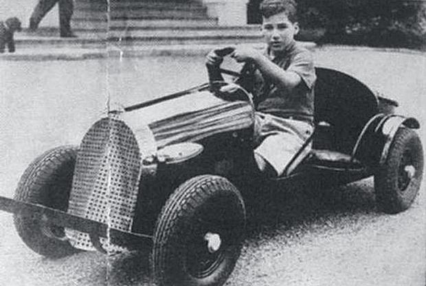 Маркиз осваивает автоспорт