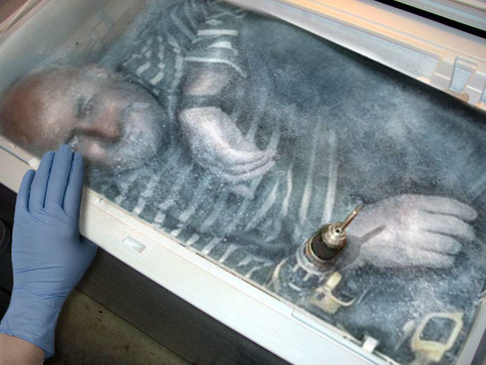 Фото №10 - В Сети набирает популярность флешмоб «Надежный шкафчик на одного»