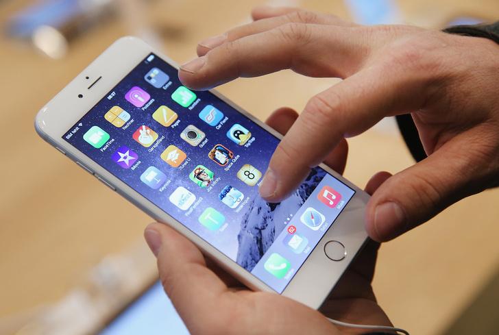 Фото №1 - По твоим тапам и свайпам по смартфону можно определить, врешь ты или нет!