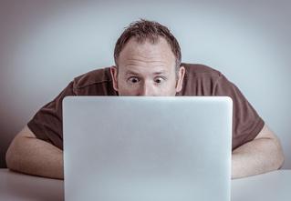 Смотреть порно перед первым свиданием полезно, выяснили ученые