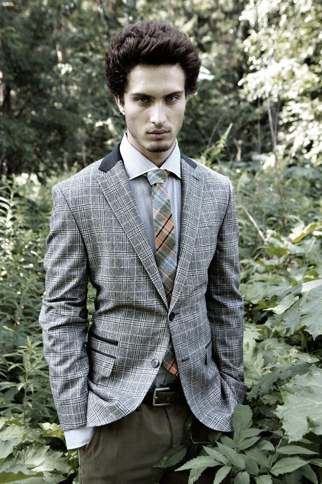 Пиджак Daniel Hechter, рубашка Pal Zileri, галстук Mark O'Polo, брюки Gant, ремень Daniel Hechter