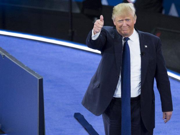 Фото №9 - Странная тенденция моды от Дональда Трампа — невероятно длинные галстуки!