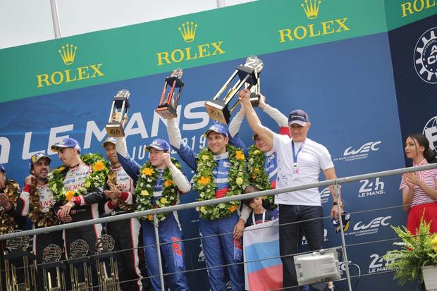 Фото №2 - Российская команда SMP Racing заняла 3-е место в легендарной гонке «24 часа Ле-Мана»