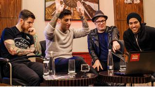 Русские клипы глазами американских панков Fall Out Boy