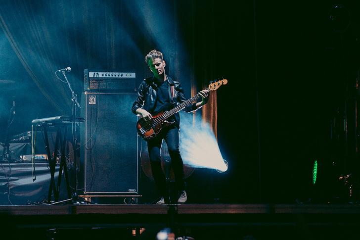 Фото №15 - Что творилось на недавних концертах Red Hot Chili Peppers, Ланы Дель Рей, «Сплина» и других рокеров