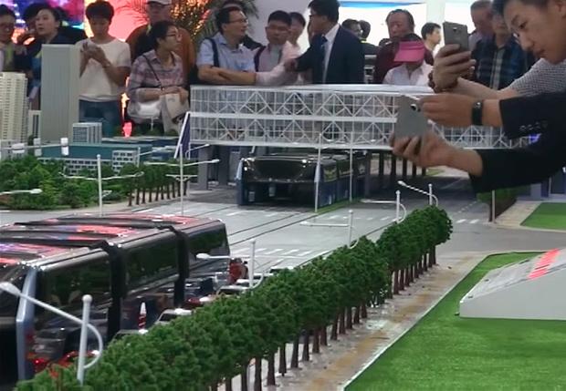 Фото №1 - Чудо-транспорт, который должен был избавить Китай от пробок, оказался уловкой мошенников