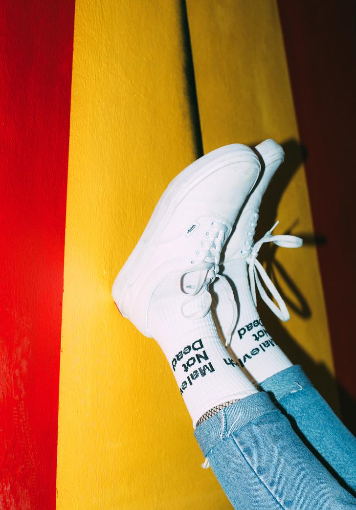 Фото №3 - Питерский бренд St. Friday Socks выпустил «уличные» носки с граффити