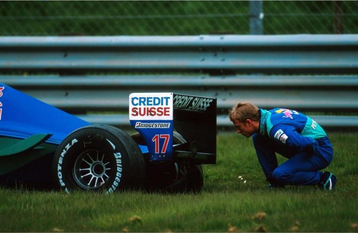"""Фото №2 - Самый безбашенный пилот """"Формулы-1"""" покидает Ferrari"""
