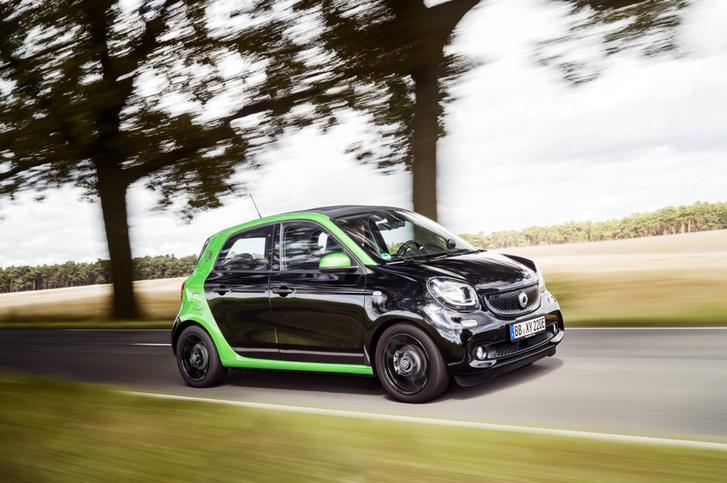 Фото №5 - Как Smart Electric Drive попал в вишлист автомобильного редактора MAXIM?