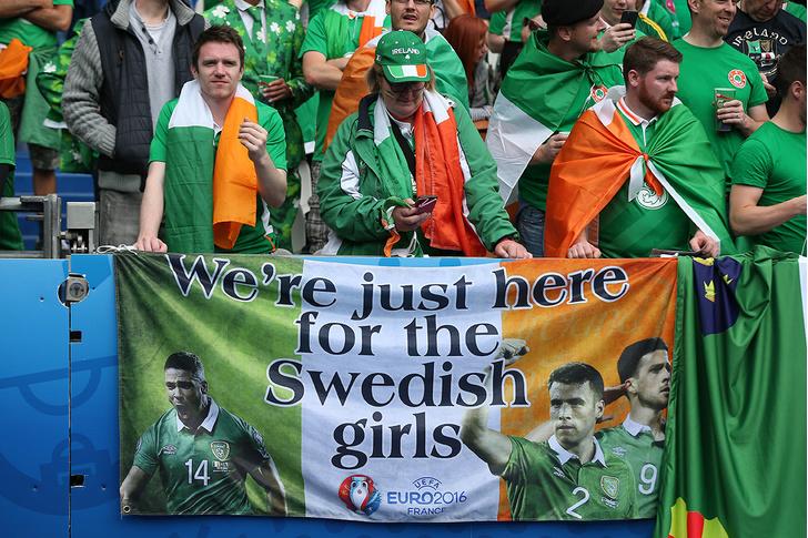 Фото №3 - Слепой испанец, бешеные ирландцы и Дед Мороз. Почему фанаты на Евро-2016 — это не только драки