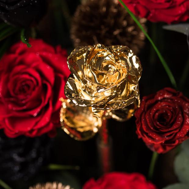 Фото №3 - Самый дорогой букет в мире за 25 800 долларов — для самых влюбленных! (И богатых)