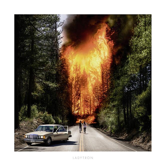 Фото №6 - Караоке-рок от Weezer и другие музыкальные новинки месяца