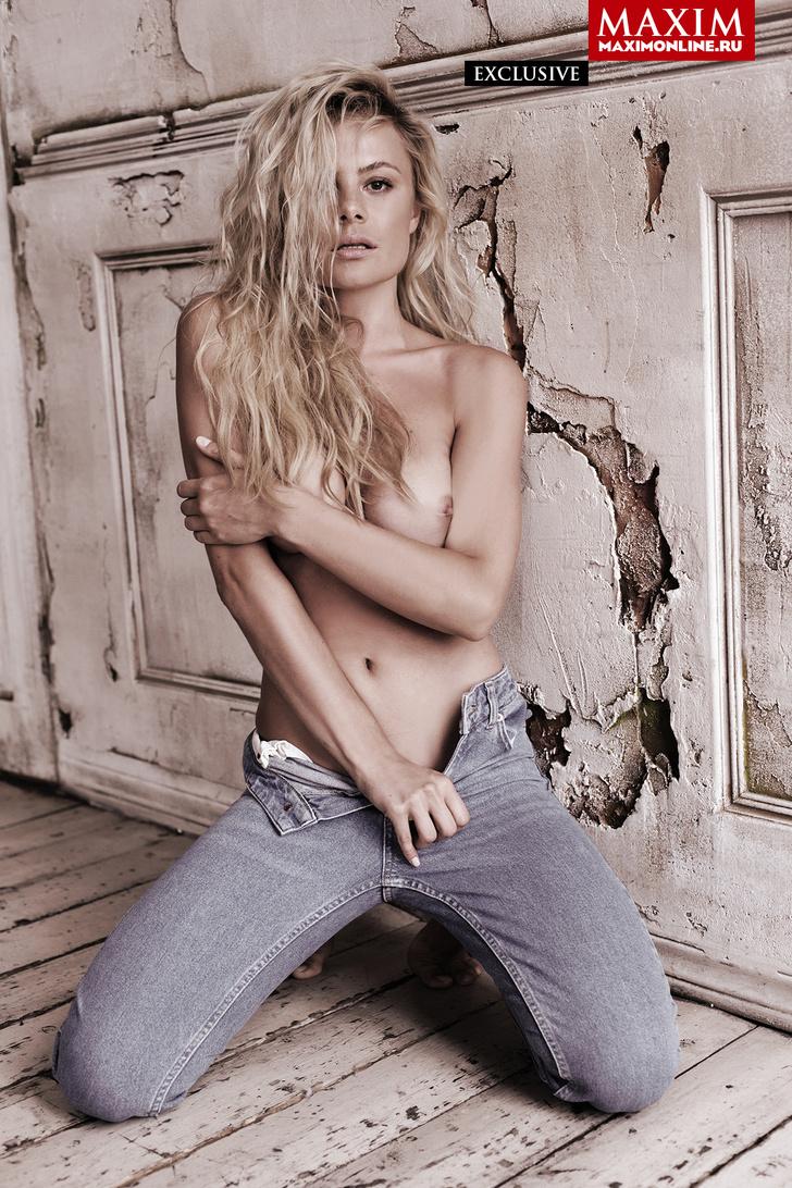 Фото №4 - 8 эксклюзивных фотографий актрисы Натальи Дворецкой — только для читателей сайта MAXIM