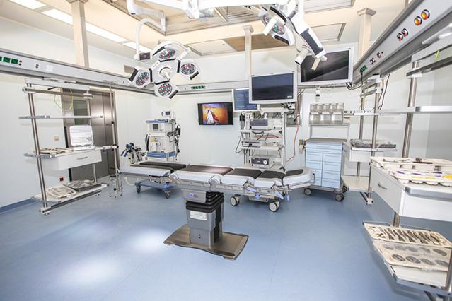 Фото №1 - Все не так плохо: тагильский миллиардер построил чудо-клинику для простых людей