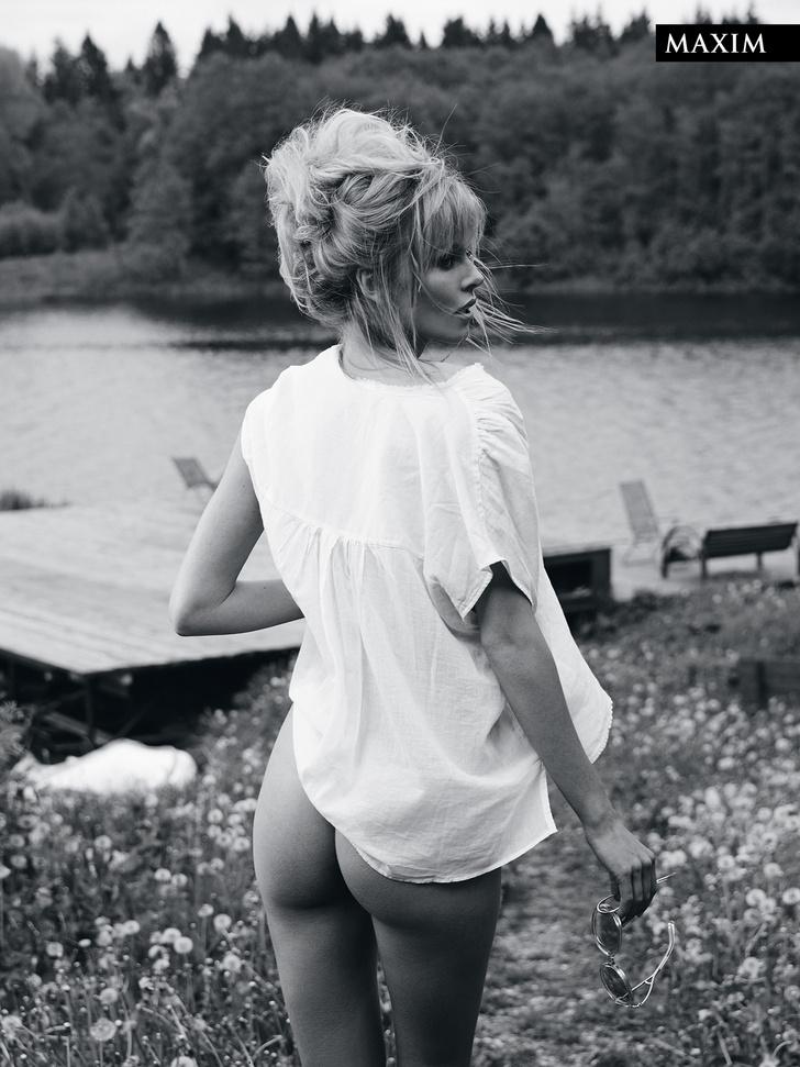 Фото №5 - Актуальный луг сезона: актриса Анастасия Стежко в откровенной фотосессии MAXIM