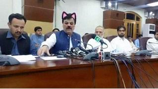 СММщик пакистанского парламента случайно включил «кошачий фильтр» во время прямой трансляции заседания