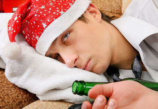 Антихмурое Утро форте: Что должно быть в новогодней аптечке мужчины
