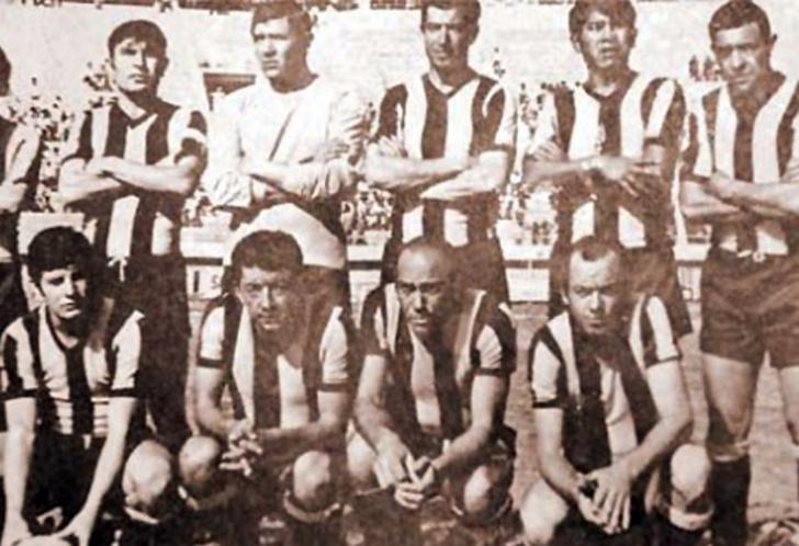 Фото №3 - 5 легендарных футбольных клубов, разбившихся в авиакатастрофах