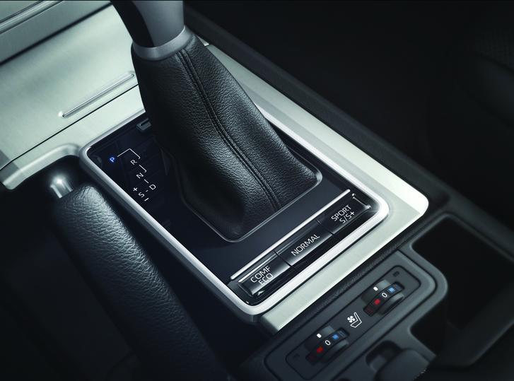 Фото №8 - Toyota Land Cruiser Prado: практически идеально?