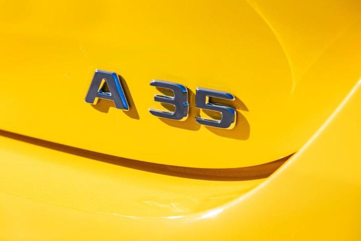 Фото №2 - Mercedes-AMG A35: солнечный зайчик