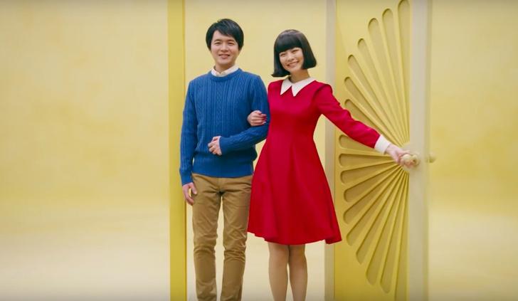 Фото №1 - Японская реклама: 72 секунды, 72 актрисы, 72 года жизни (ВИДЕО)