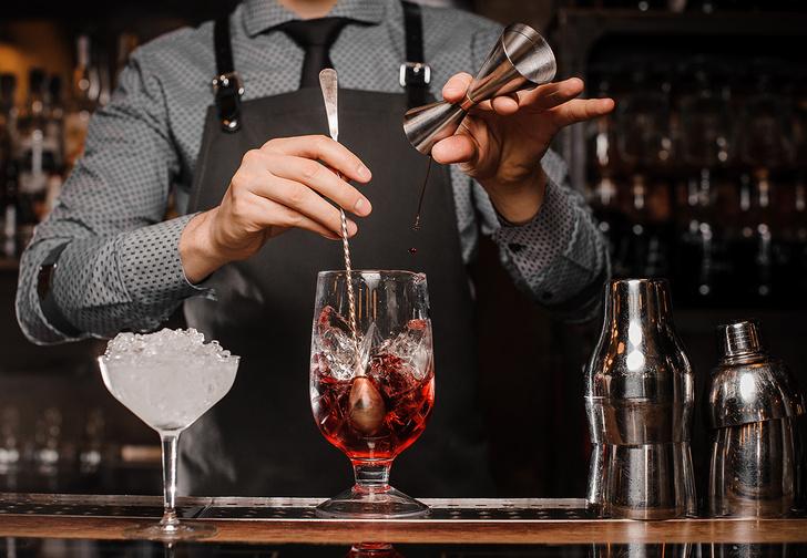 Фото №1 - Профессиональный бармен отвечает на наши глупые вопросы