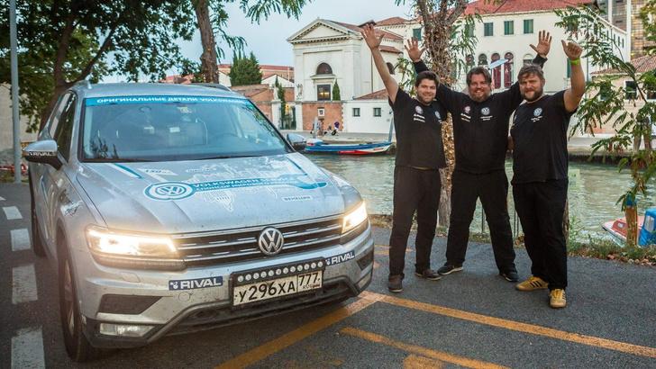 Фото №16 - Съездить на дачу или установить мировой рекорд? Отвечает Volkswagen Tiguan