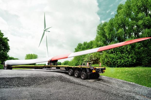 Фото №3 - Как повернуть направо с 60-метровой лопастью от ветряка (видео)