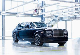 Из ворот завода в Гудвуде выехал последний Rolls-Royce Phantom VII