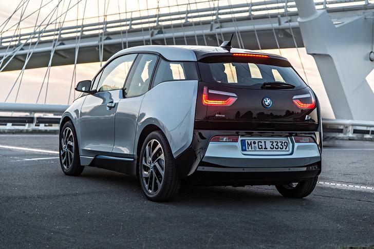 Фото №4 - Первый в мире BMW, работающий от розетки
