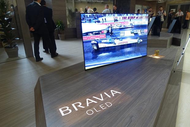 Фото №2 - Sony показала свой самый большой BRAVIA OLED
