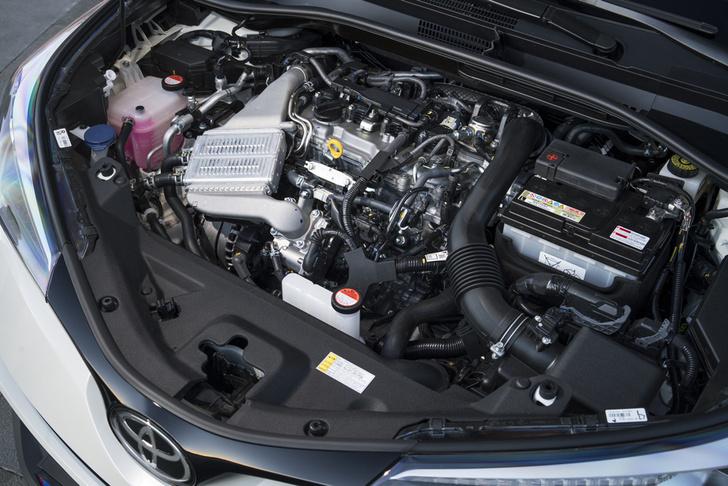 Фото №7 - Toyota C-HR: дизайн рулит