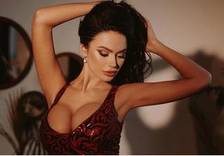 Сливки «Инстаграма»! Ярчайшие моменты из жизни Яны Кошкиной, Екатерины Луневой и других красавиц MAXIM