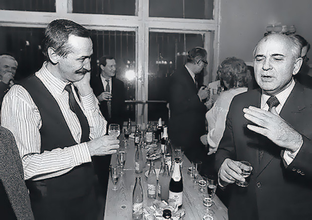 Леонид Филатов и Михаил Горбачев