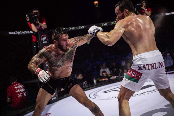 Фото №11 - Боевой окрас: что означают татуировки на телах профессиональных бойцов