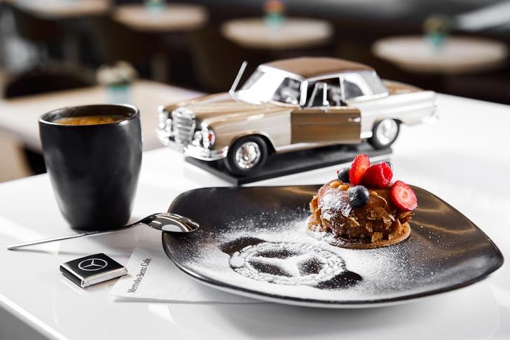 Фото №3 - У Mercedes-Benz теперь свое кафе
