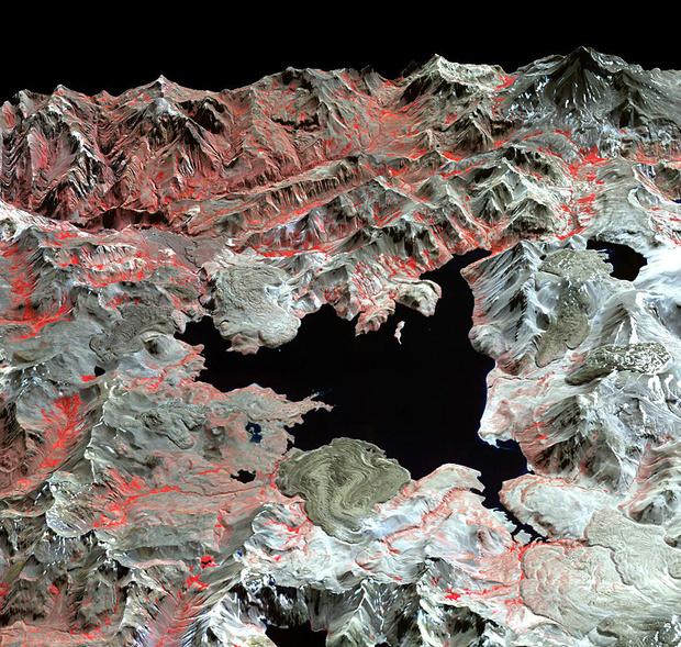 Чили,  кальдеровый  комплекс  Лагуна-дель-Мауле
