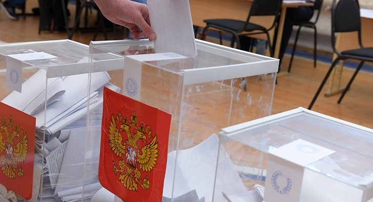 Фото №1 - Россиянам могут разрешить отзывать мэров и депутатов