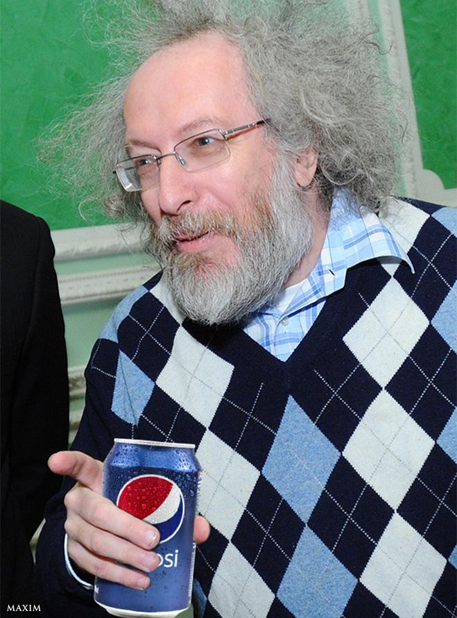 Алексей Венедиктов с банкой Pepsi