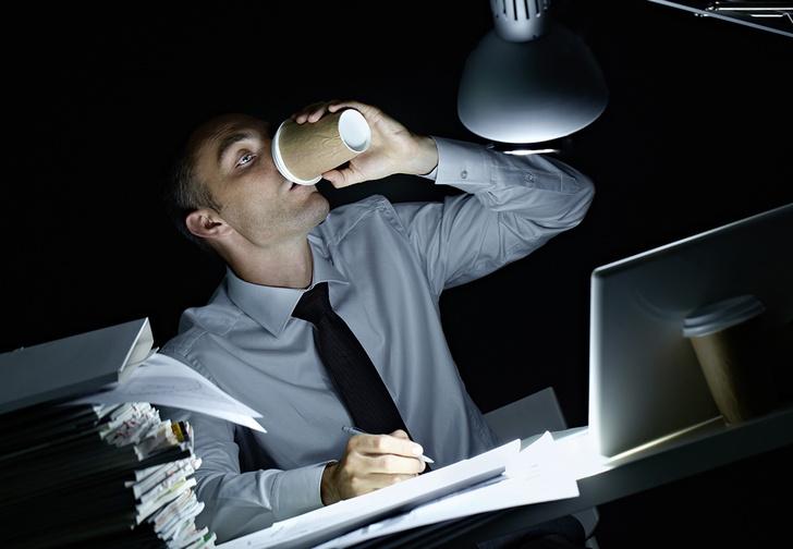 Фото №1 - Вредно ли работать по ночам?