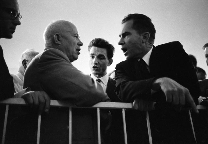 Никита Хрущев и Ричард Никсон. Москва, 25 июля 1959 года