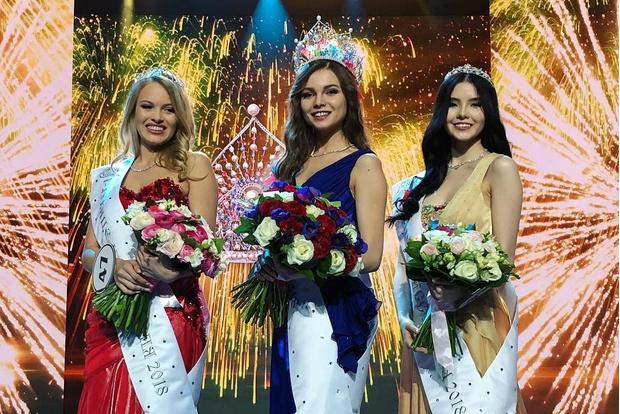 Фото №2 - «Мисс Россия — 2018» Юлия Полячихина! Фото без короны и лишних экивоков!