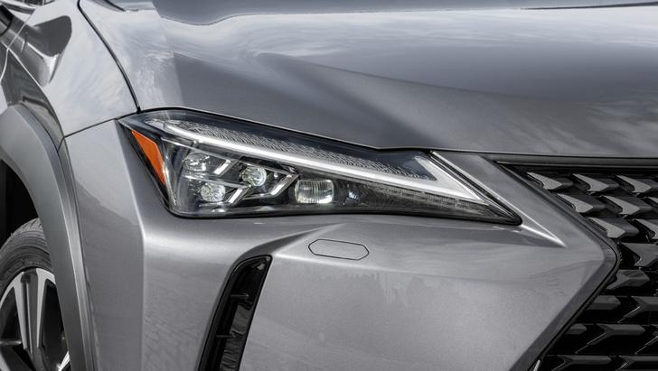 Фото №3 - Lexus UX: необыкновенный кросс